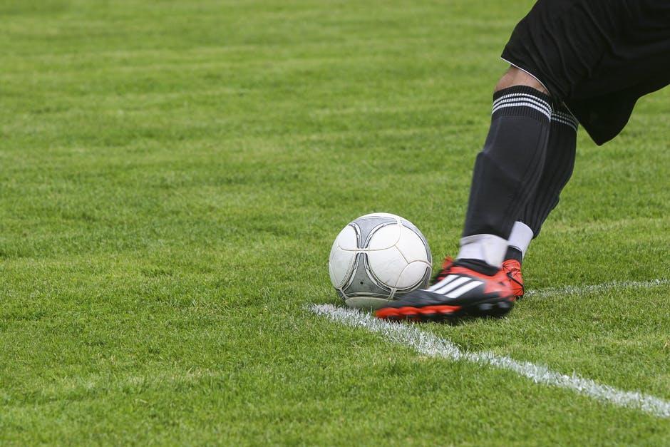 Spela på fotboll med stryktipset